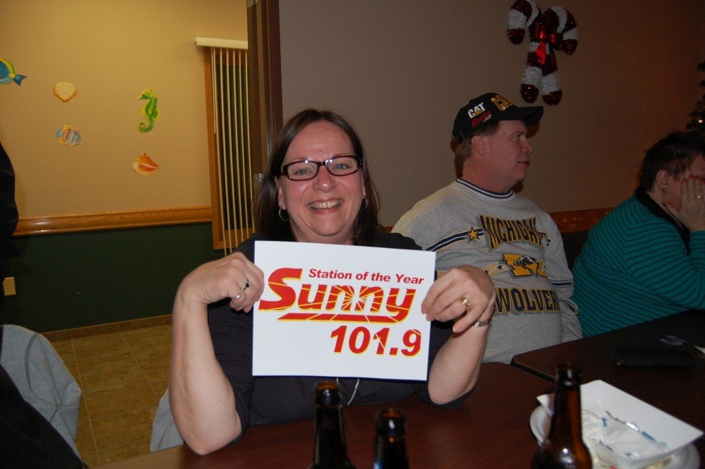 2015_Q4_Two_Tickets_To_Paradise_Giveaway_Ispeming_Michigan_Great_Lakes_Radio155