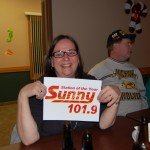 Sunny.FM was popular in the crowd tonight with yet another guest holding up the sign!