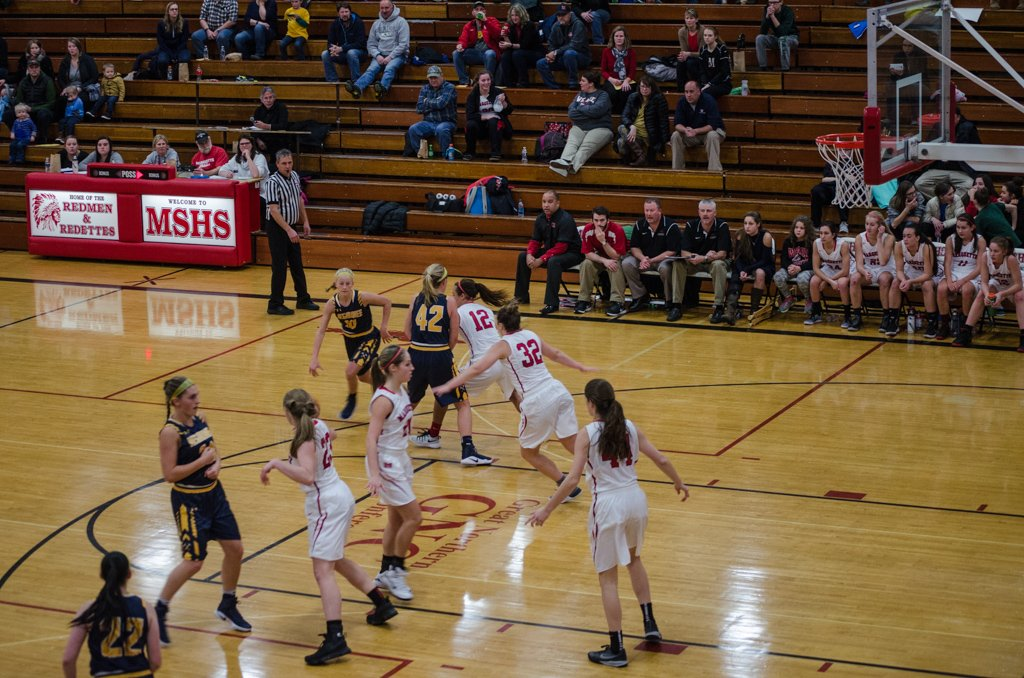 The Negaunee Miners defeat the Marquette Redettes 48-38 on Good Time Oldies 97.5 GTO - Tuesday, December 13th, 2016.