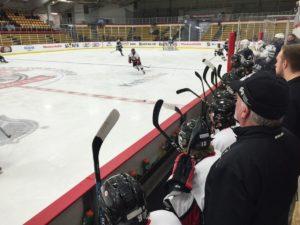 marquette_redmen_hockey_vs_sault_ste_marie_blue_devils_123016_103