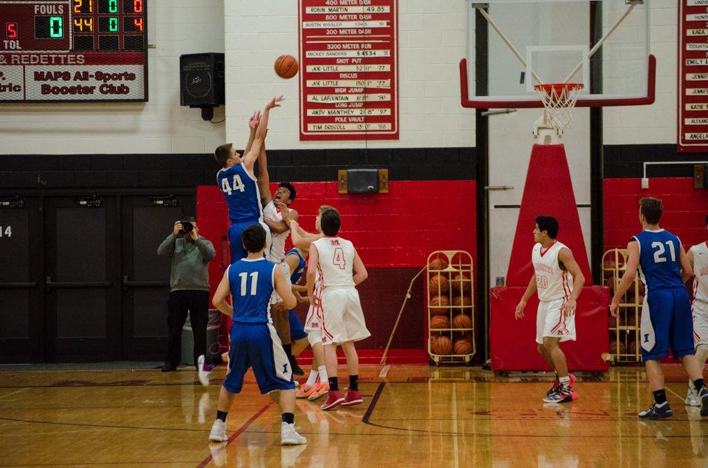 2017-Ishpeming-Boys-Basketball-Marquette-Redmen-8