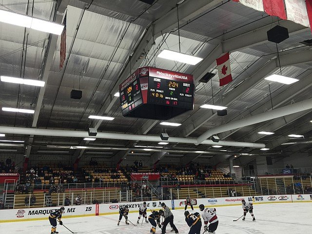 The Marquette Redmen Hockey team defeats the Kingsford Flivvers 6-3 for the Big Game of the Week on 103-FXD - Thursday, March 2nd.