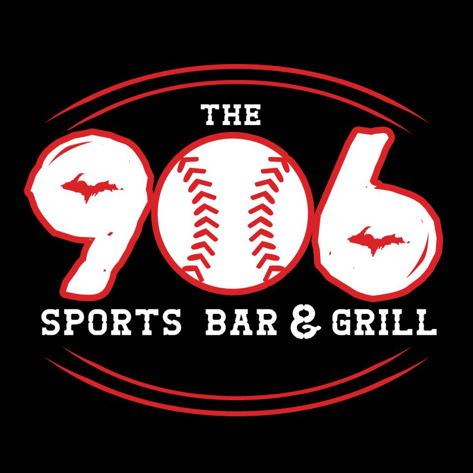 Enjoy lunch at 906 Sports Bar and Grill Marquette, MI