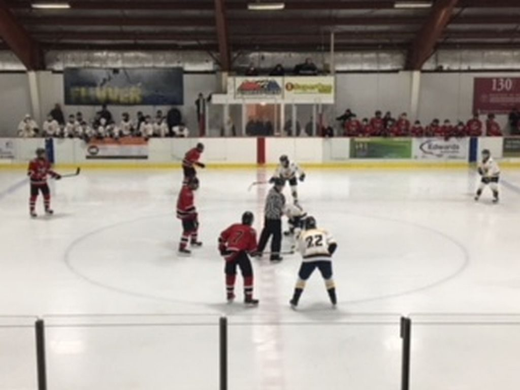 Marquette_Redmen_Hockey_vs_Kingsford_Flivvers2_122117