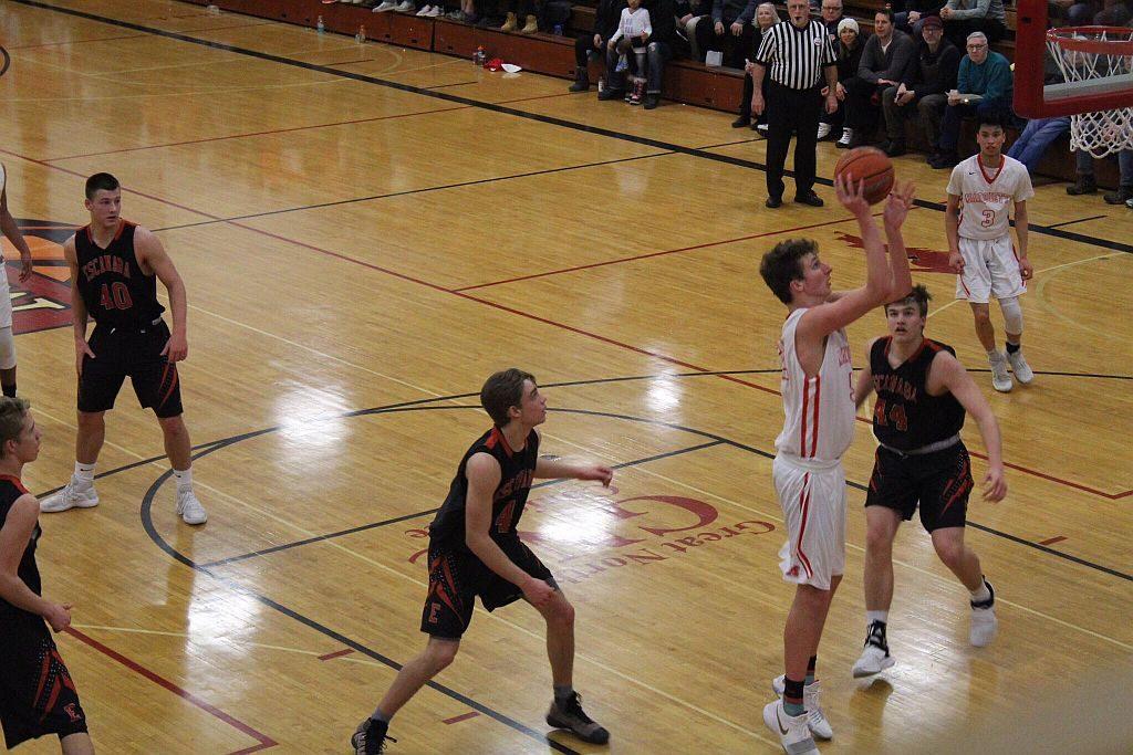 Marquette_Redmen_Basketball_vs_Escanaba5_020818