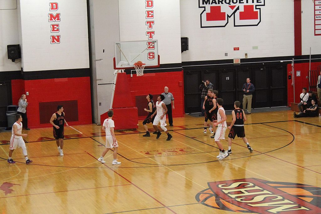 Marquette_Redmen_Basketball_vs_Escanaba6_020818