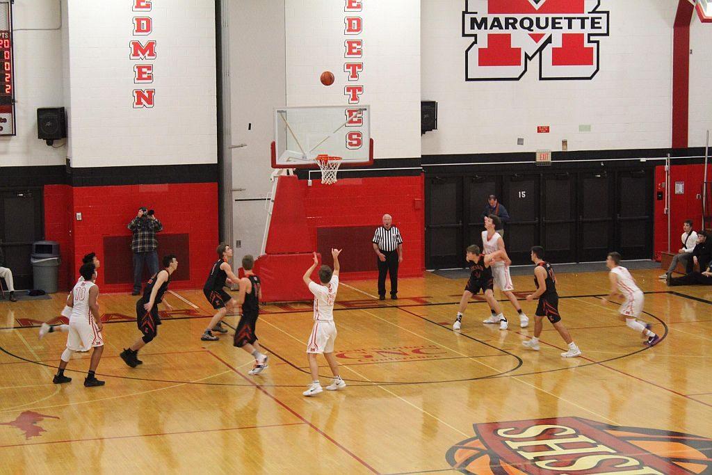 Marquette_Redmen_Basketball_vs_Escanaba8_020818