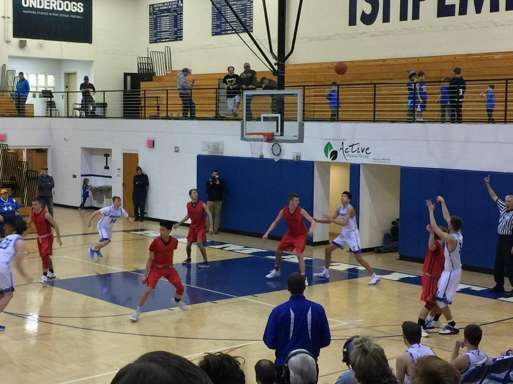 Marquette Redmen Basketball VS Ishpeming Hematites