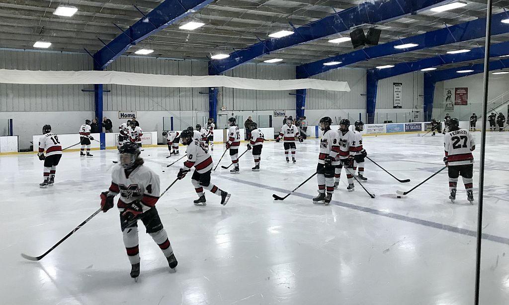Marquette_Redmen_Hockey_vs_BU_Kings_03