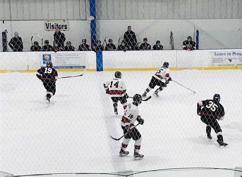 Marquette_Redmen_Hockey_vs_BU_Kings_08
