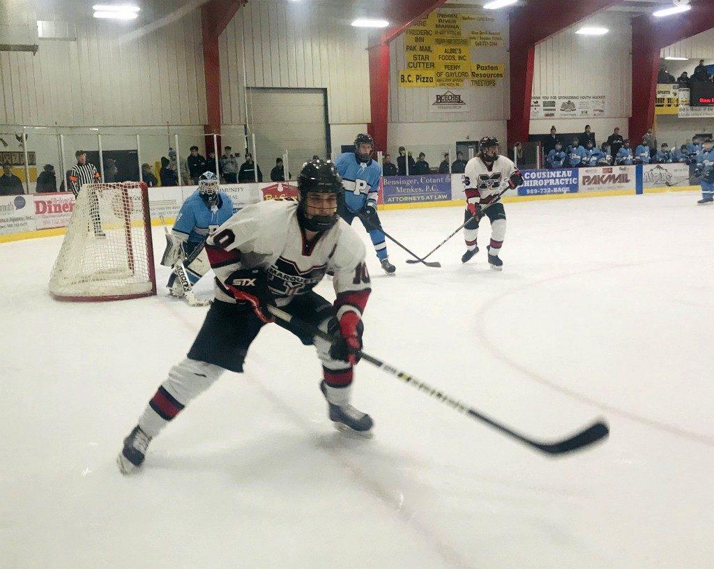 030519_Marquette_Redmen_Hockey_VS_Petosky_Northmen_WFXD_014