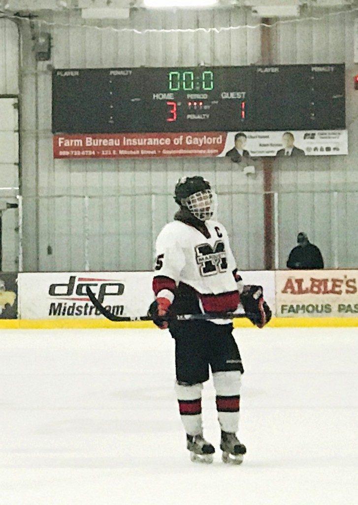 030519_Marquette_Redmen_Hockey_VS_Petosky_Northmen_WFXD_016