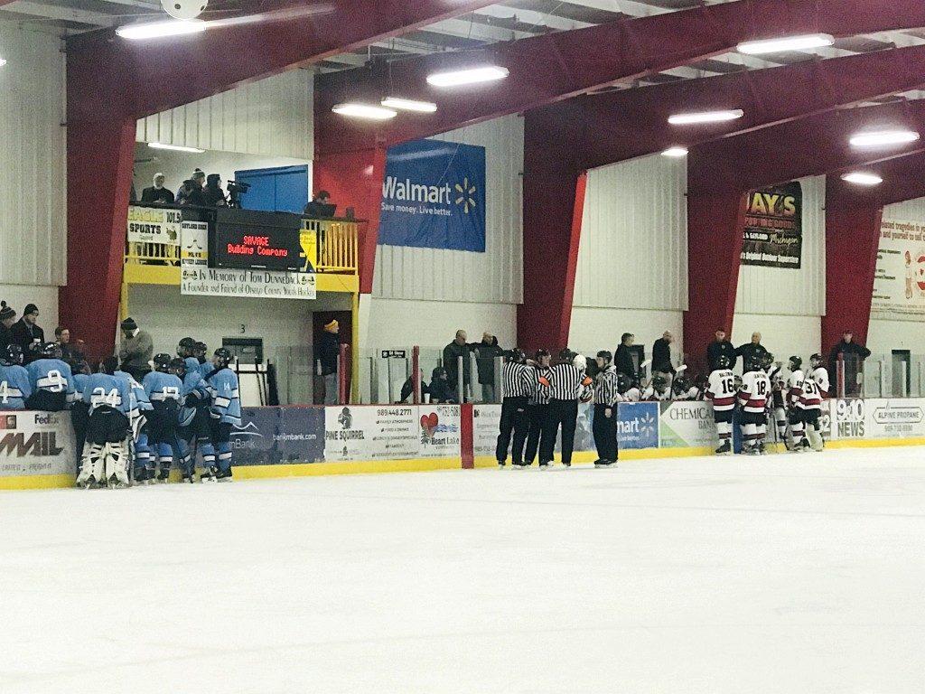 030519_Marquette_Redmen_Hockey_VS_Petosky_Northmen_WFXD_017