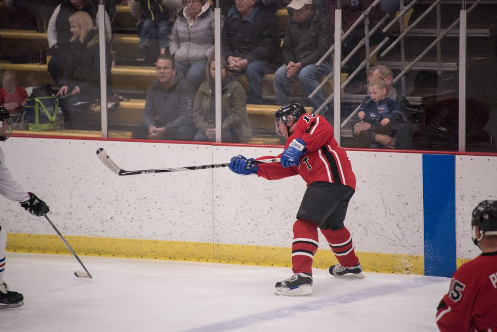 2019-Pigs-n-Heat-Charity-Hockey-Game-Lakeview-Arena-Marquette (24 of 79)