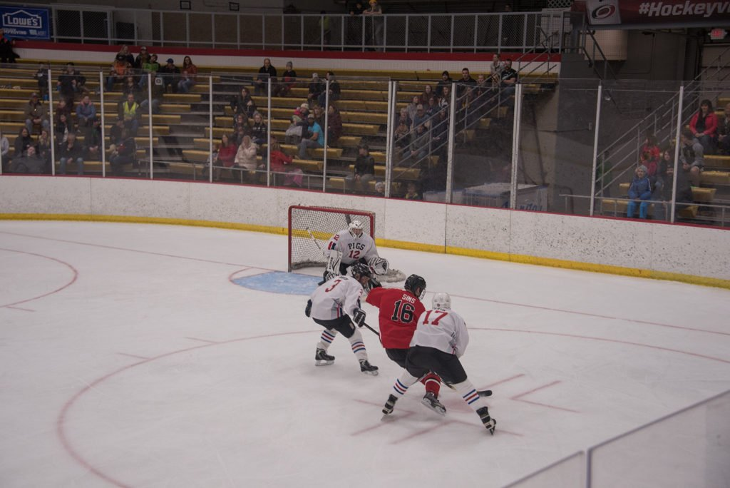 2019-Pigs-n-Heat-Charity-Hockey-Game-Lakeview-Arena-Marquette (46 of 79)