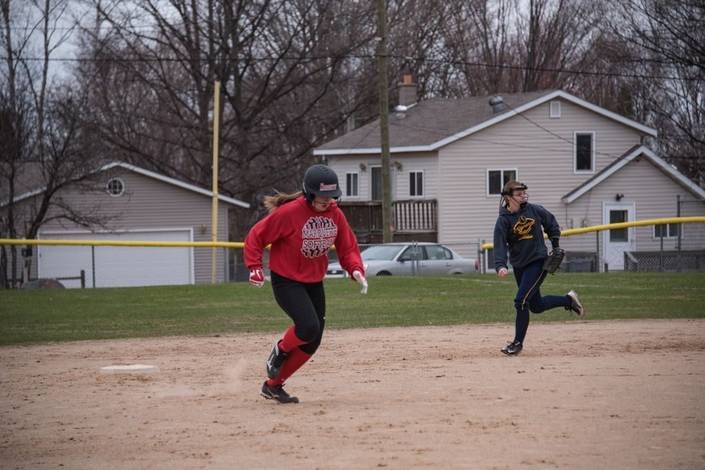 050819_Marquette_Redettes_Softball_VS_Negaunee_Miners_WFXDHD2_104