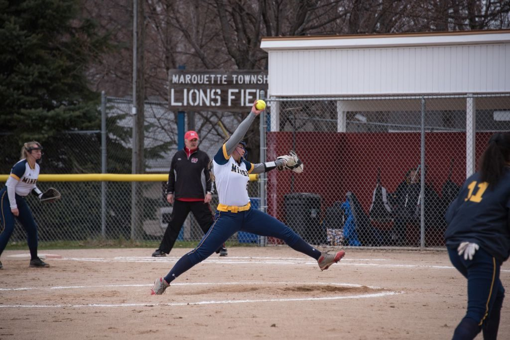 050819_Marquette_Redettes_Softball_VS_Negaunee_Miners_WFXDHD2_119